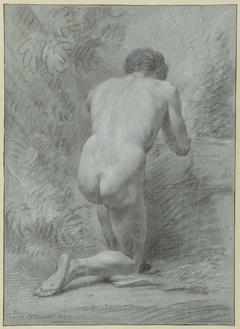 Knielend mannelijk naakt, op de rug gezien