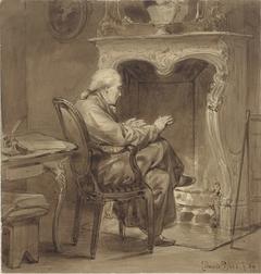 Oude man warmt zich bij de haard
