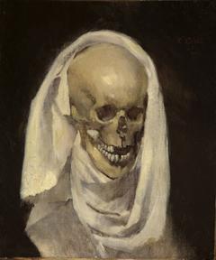 Totenschädel mit Leichentuch