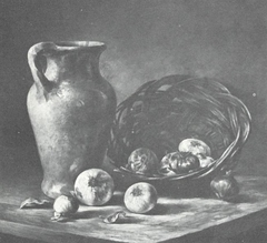 Pitcher with onions