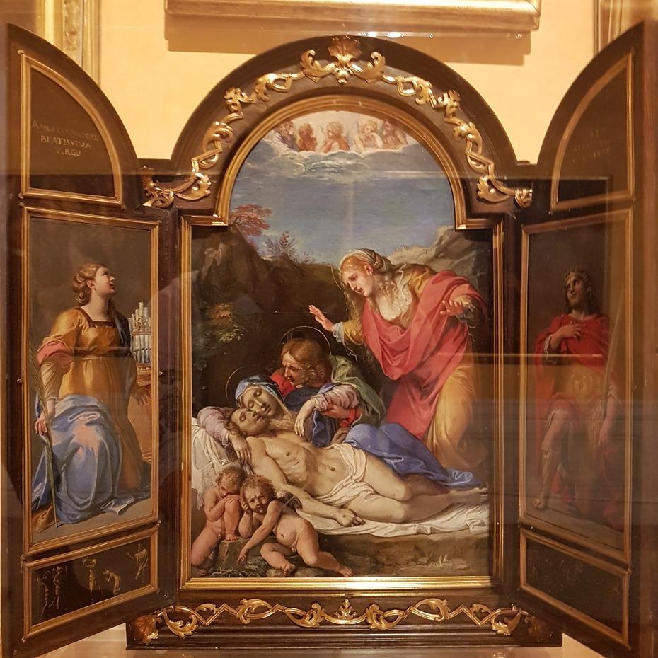 Portable Altarpiece with Pietà and Saints